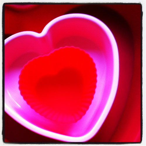 heart chaped cake tins