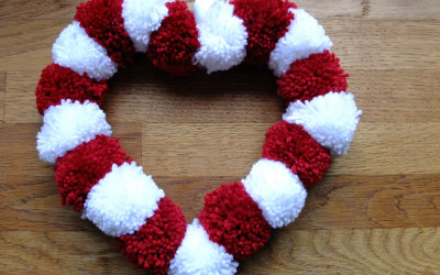 How to Make a Valentine's Wreath