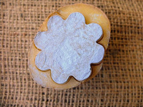 Potato stamp in the shape of a flower.