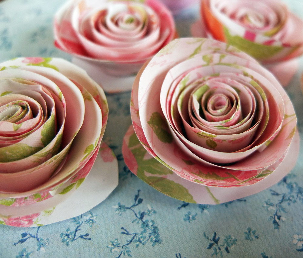 Several finished paper roses.