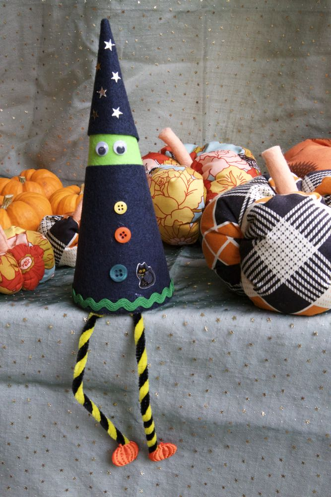 Halloween Crafts, How to Make a Long Legged Witch