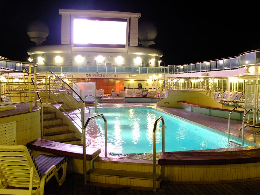 Movies under the stars Lido Pool, Island Princess
