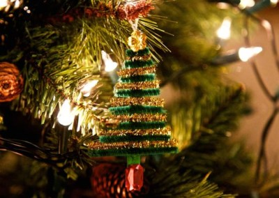 Pipe Cleaner Crafts – Christmas Trees