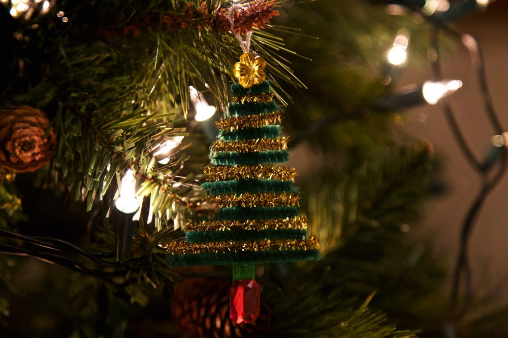 Pipe cleaner christmas tree decoration.