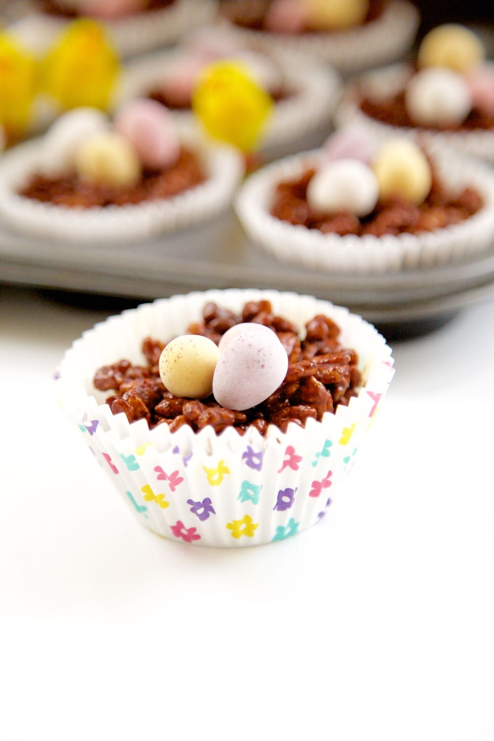 Chocolate Crispie Cakes, Easy Easter Nests to make with kids or just for you!