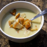 celery soup with croutons