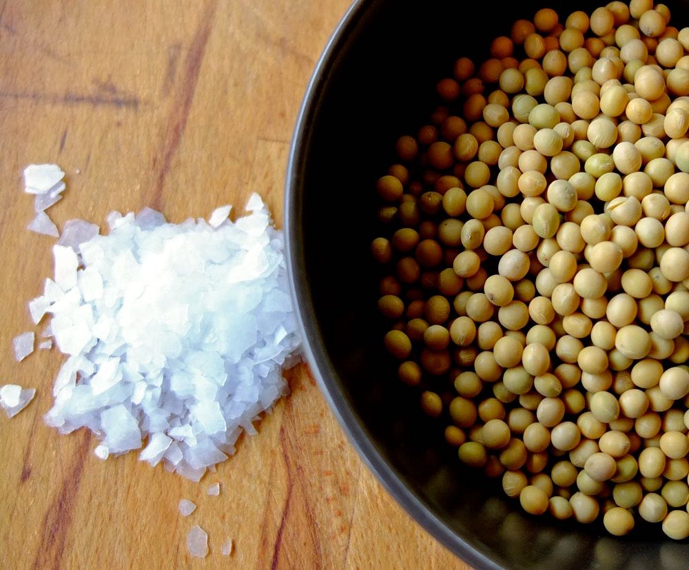 Soya beans with nigari crystals.