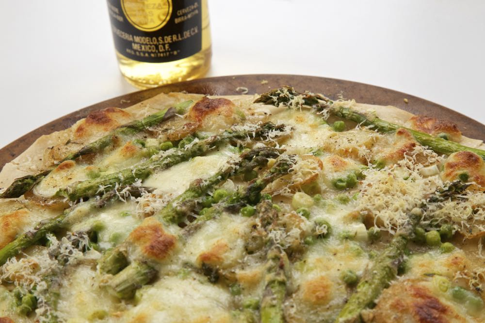 Spring Vegetable Pizza. Asparagus Pizza with Jersey Royal Potatoes, Spring Onions (Scallions) and Peas