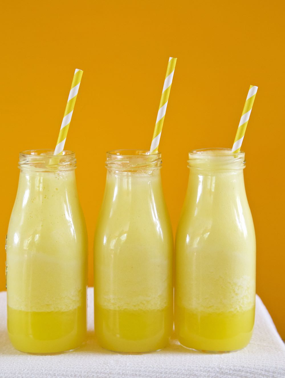 Easy Pineapple Smoothie Recipe - you won't believe how simple this smoothie is to make!
