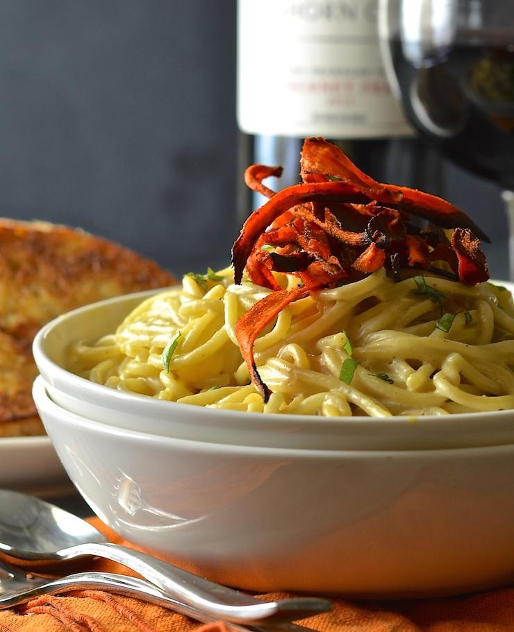 Vegan Pasta Carbonara with carrot rashers.