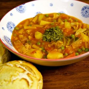 Easy Vegan Minestrone Soup - packed with veg, pasta and beans it is perfect comfort food, warm and filling