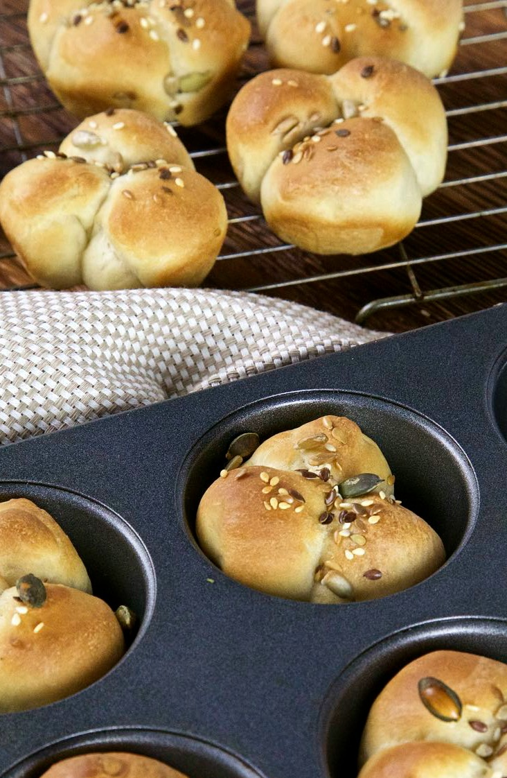 Clover leaf buns fresh from the oven.