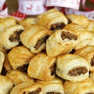 Vegan Christmas Canapés - Delicious vegan sausage rolls filled with chestnuts, red wine and mushrooms wrapped in puff pastry.