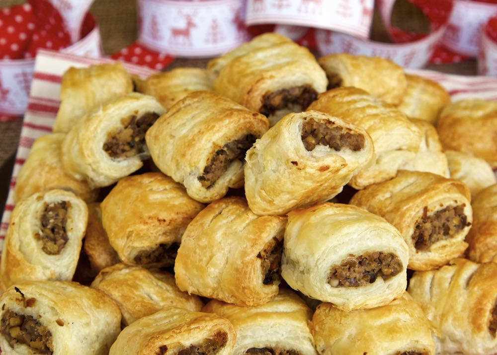 Vegan sausage rolls filled with chestnuts, red wine and mushrooms wrapped in puff pastry.