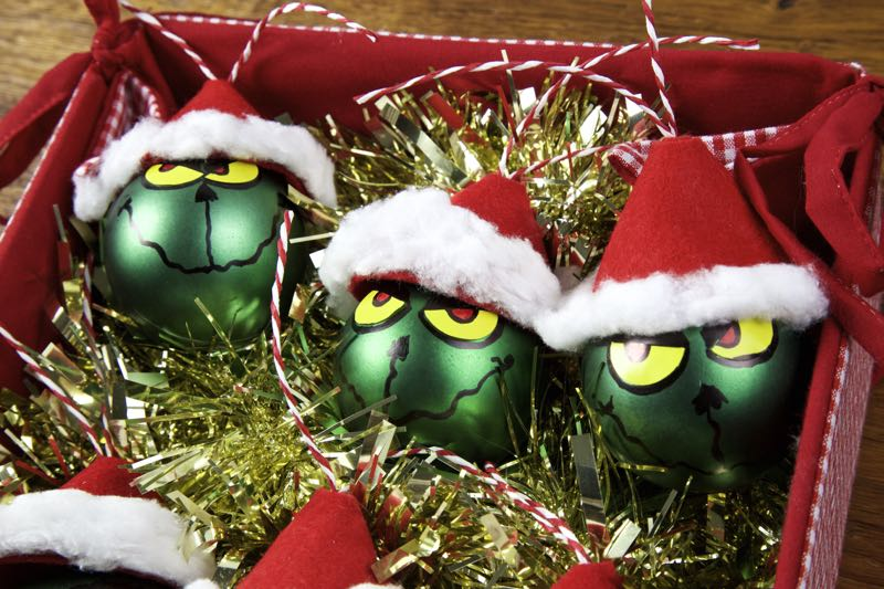 Easy Grinch Christmas Baubles – 12 Days of Grinchmas!