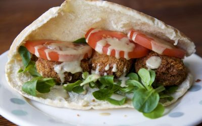 Easy Vegan Falafels – Simple Vegan Comfort Food