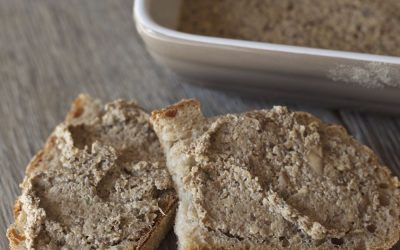 Mushroom Pâté with Walnuts, Sherry and Thyme – Vegan