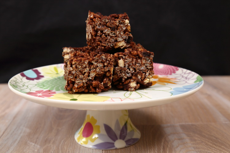 Chocolate Tiffin – Easy No Bake Vegan Fridge Cake