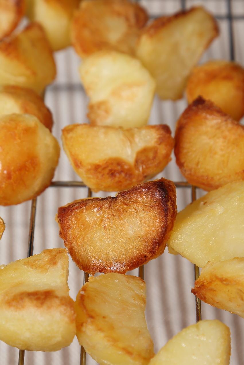 Brown and crispy roast potoatoes.