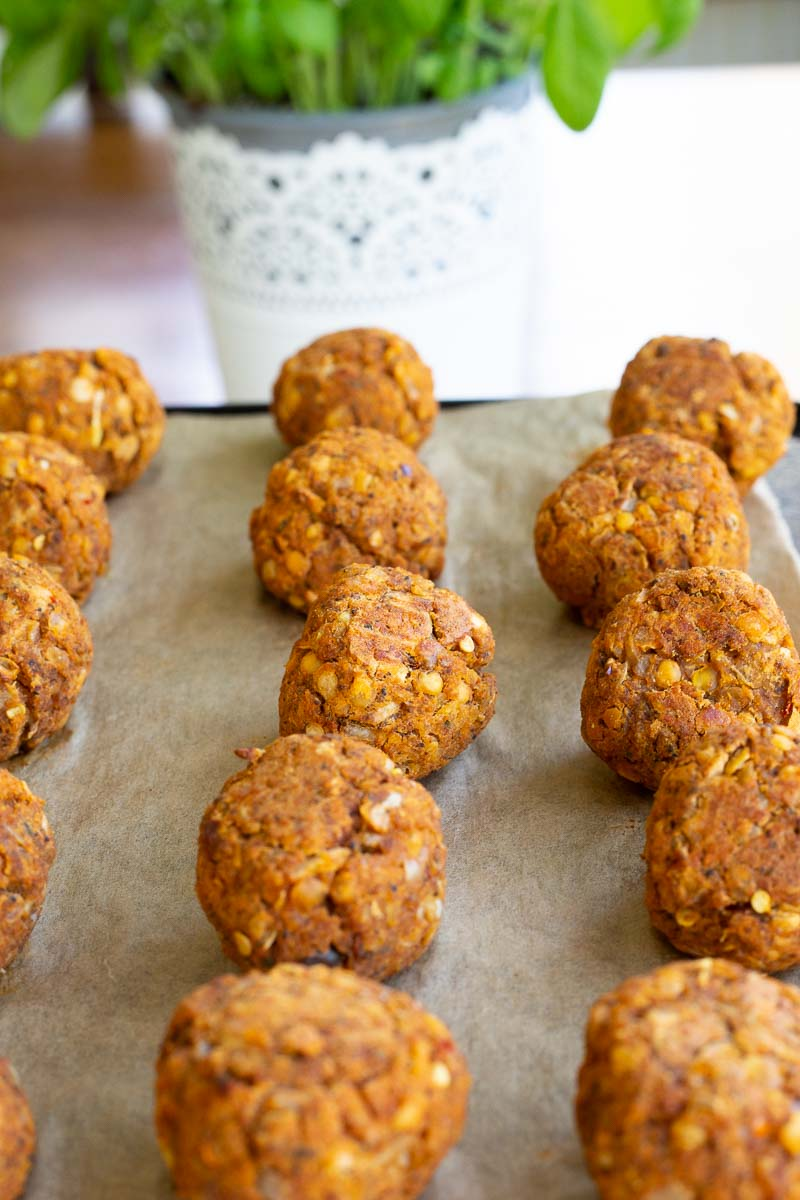 Red lentil meatballs straight from the oven.