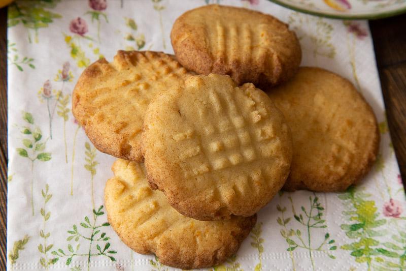 Vegan Lemon Fork Biscuits on a summery napkin.