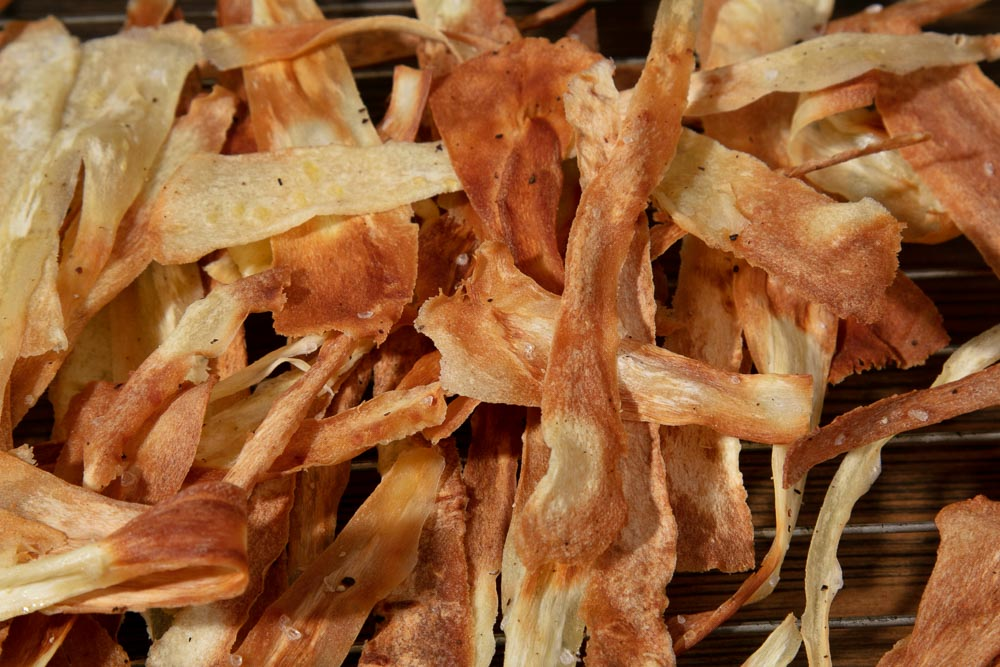 Easy Homemade Parsnip Crisps