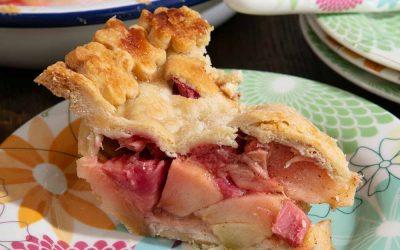 Apple and Rhubarb Pie